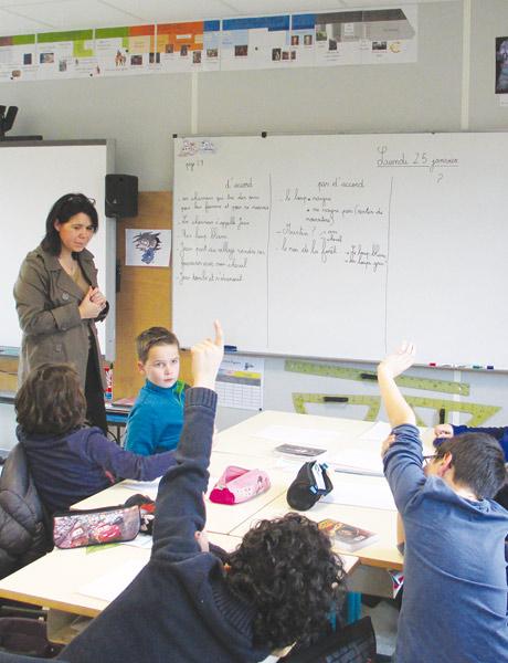 Les élèves de cycle 3 de Chrystelle Météreau en atelier de compréhension de texte
