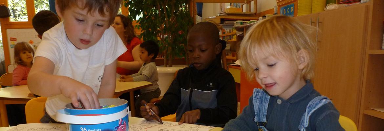 enfants-mixite-scolaire-enseignement-catholique