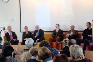 Deux-cent spécialistes de l'orientation étaient réunis à la journée du 8 décembre 2016 pour la présentation du Mooc sur l'orientation.